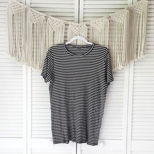 BRANDY MELVILLE Black Striped Oversized Tee Shirt